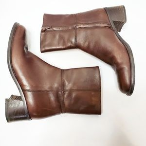 Coach Brown Leather Stacked Heel Boots 6B Italy
